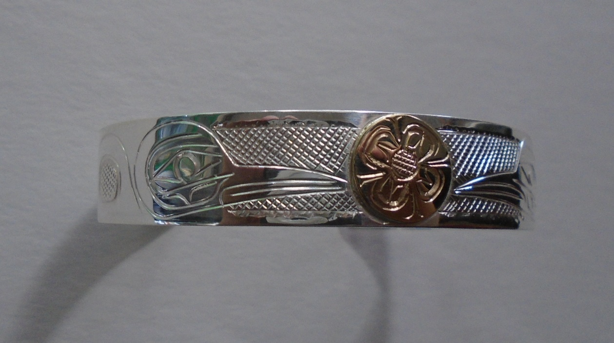 Hummingbirds silver bracelet & 14k gold flower, 1/2""