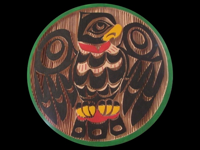 Owl, red cedar, 1' diameter